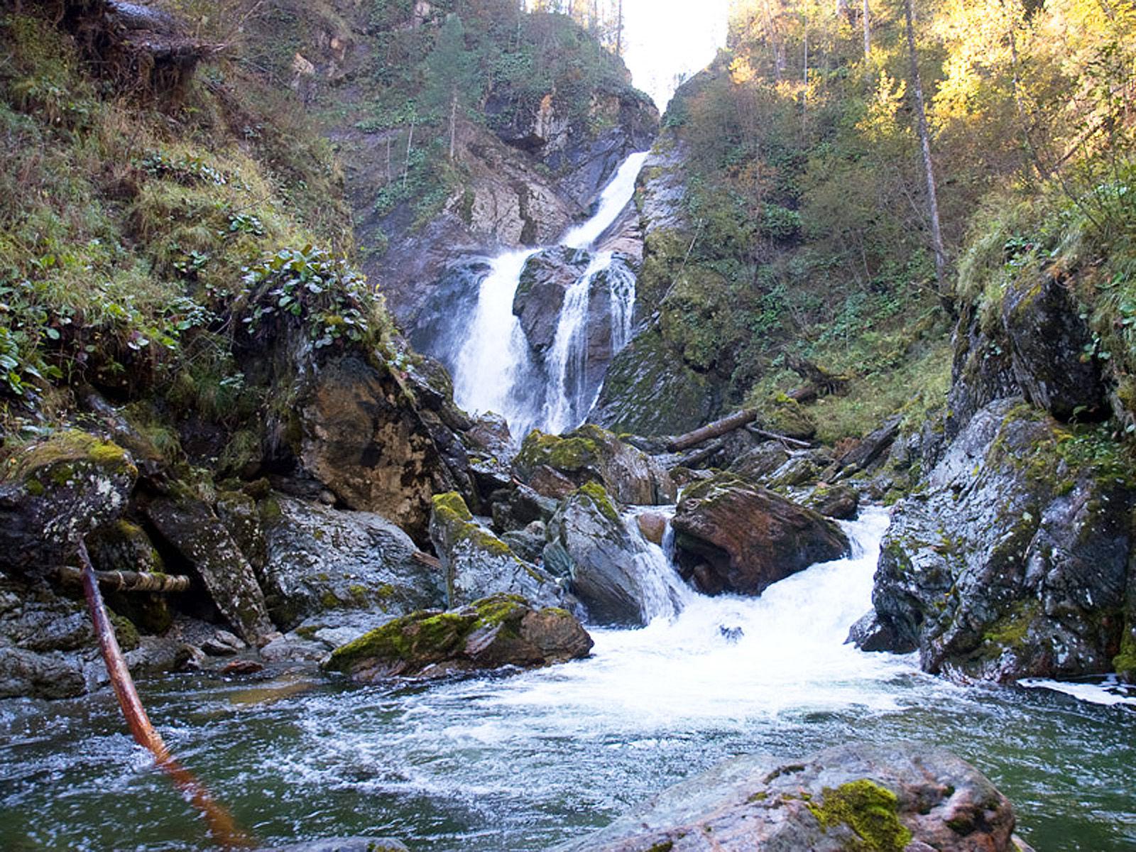 Алтай водопад Большой Шалтан