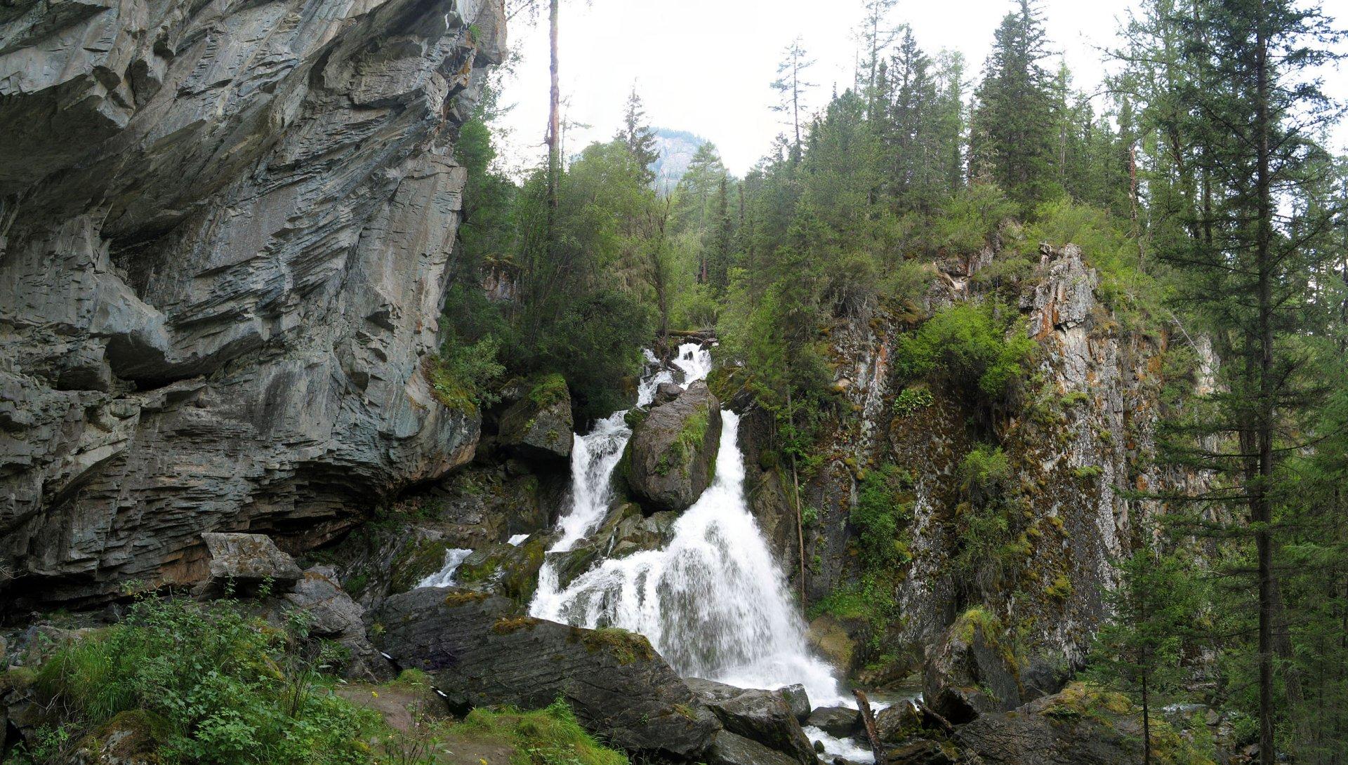 Алтай Большой Уларский водопад
