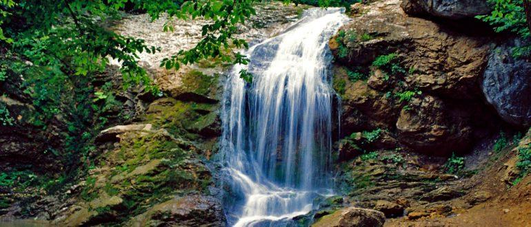 Водопады Руфабго Шум