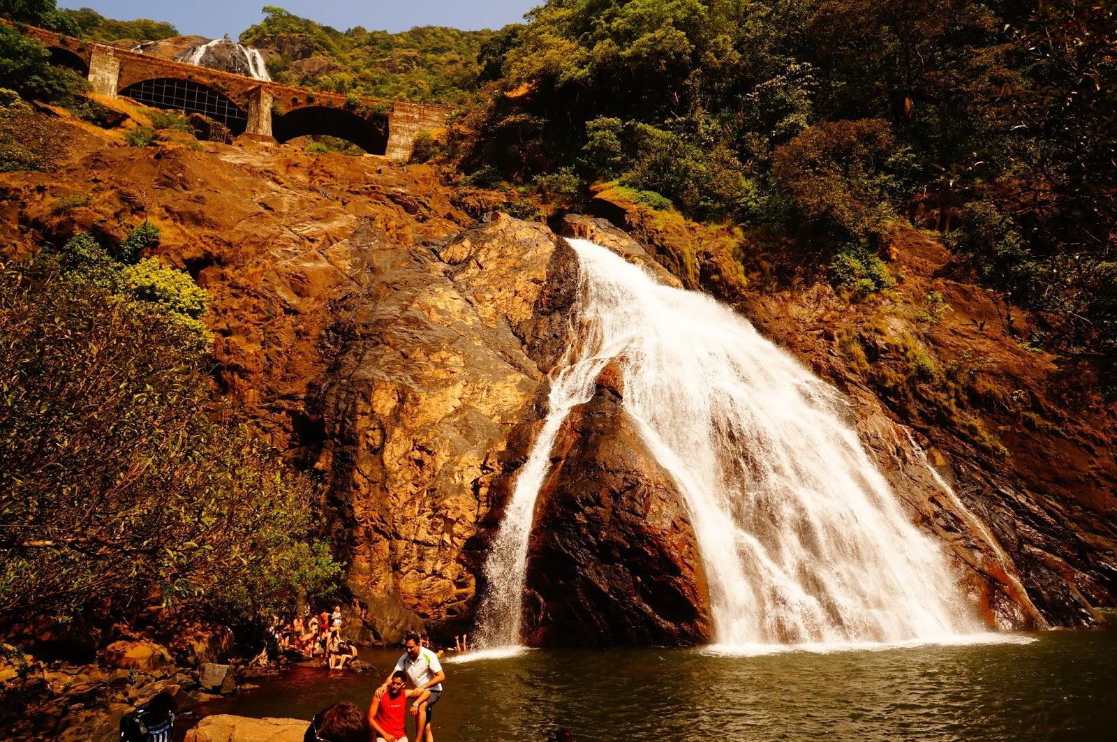 Водопад Дудхсагар Индия