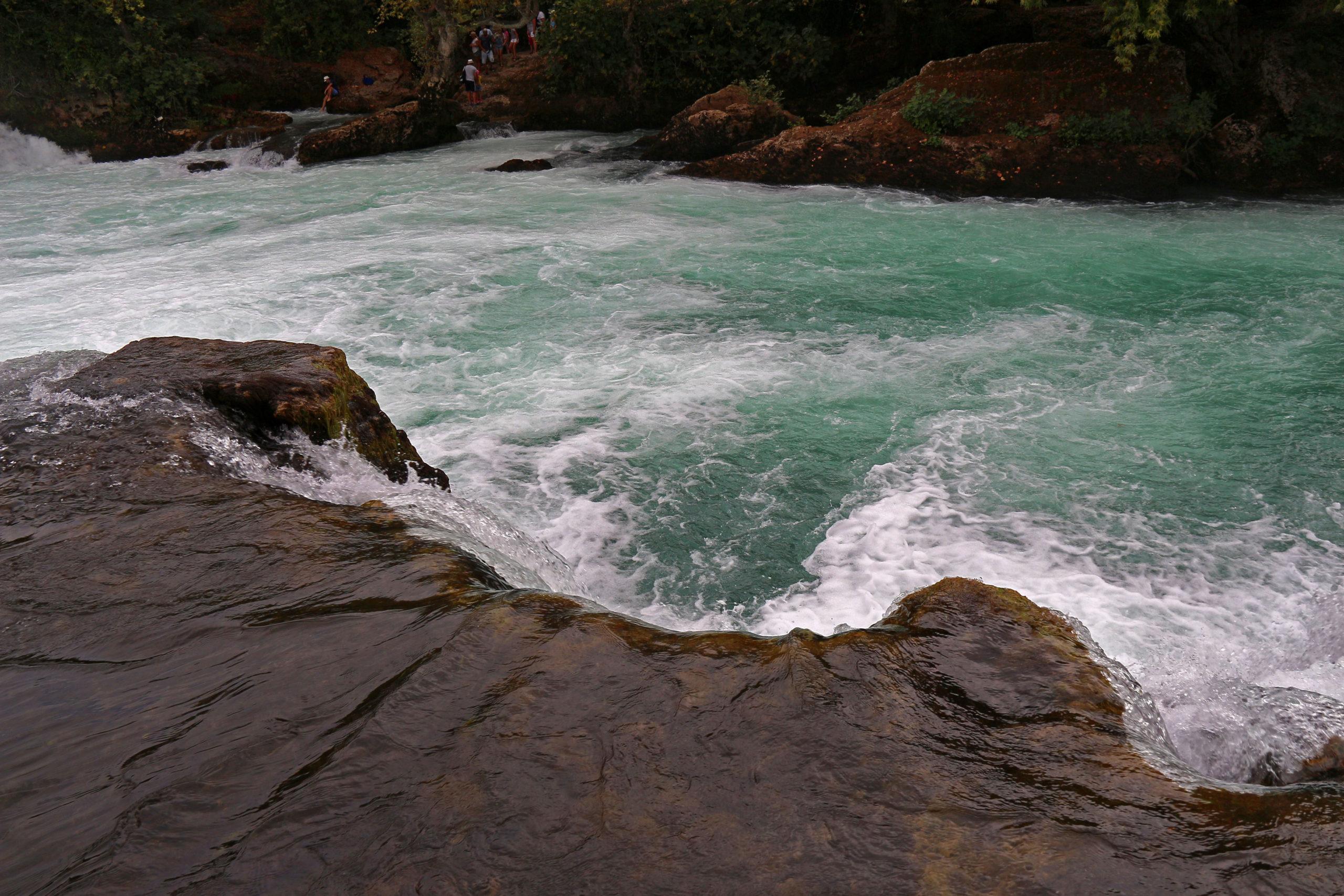 Водопад Манавгат камни