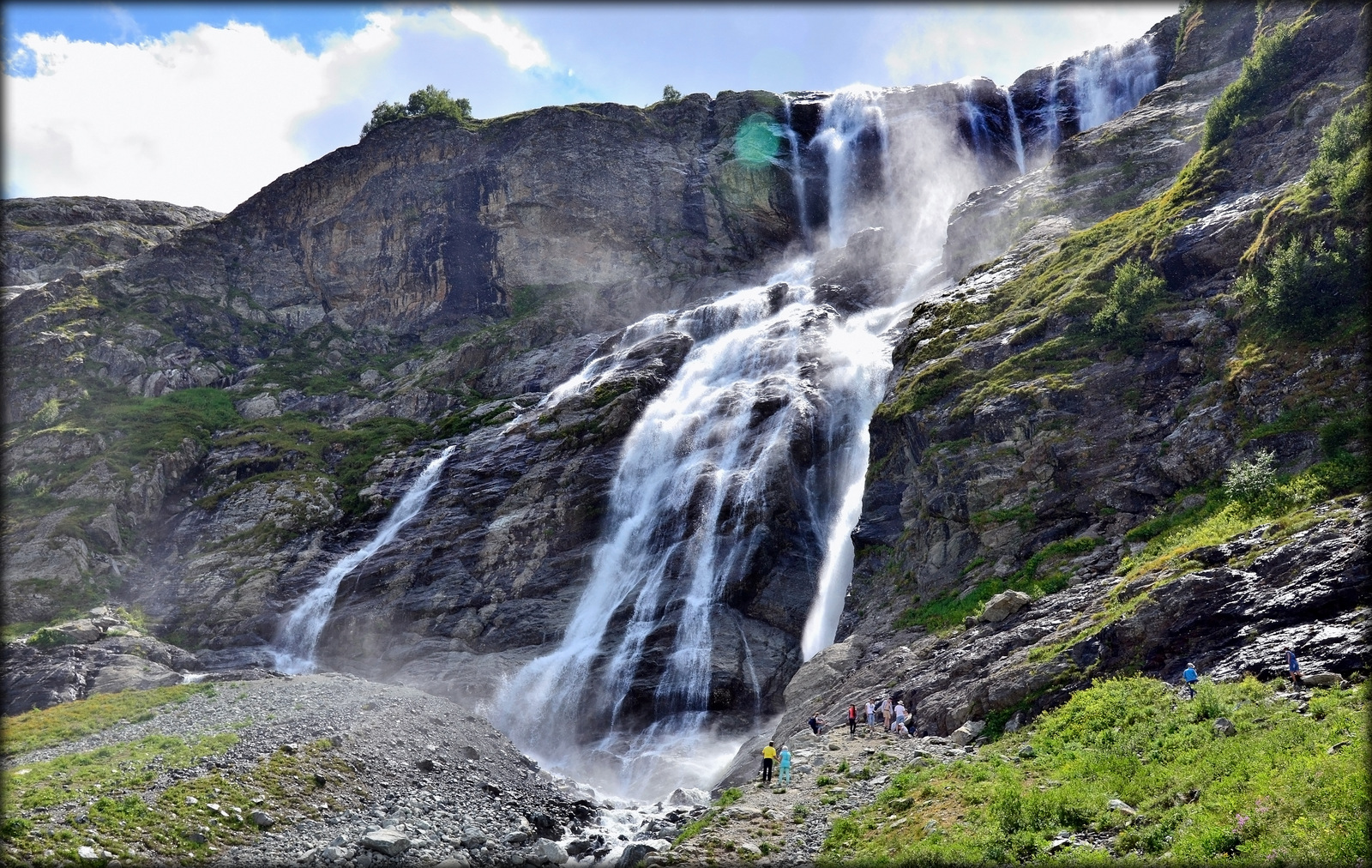 sofijskie-vodopady-arhyz