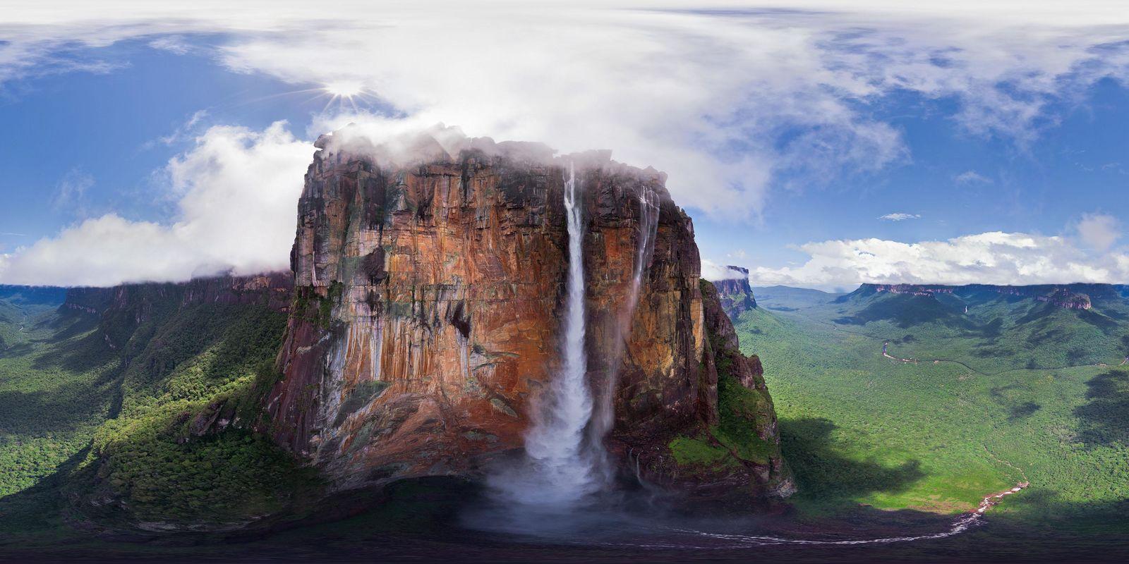 Водопад Анхель Курапукаи-Меру