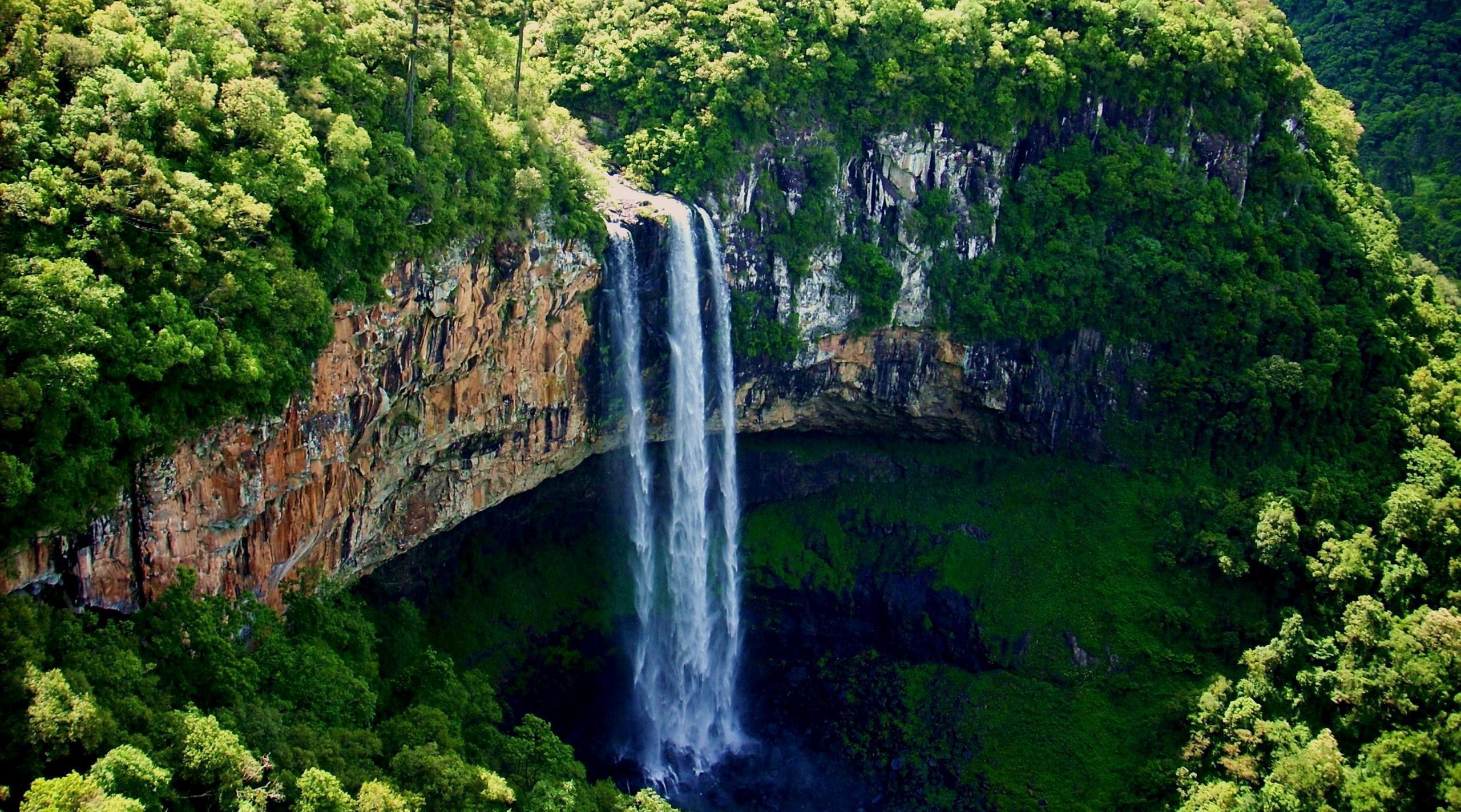 Водопад Каракол Бразилия