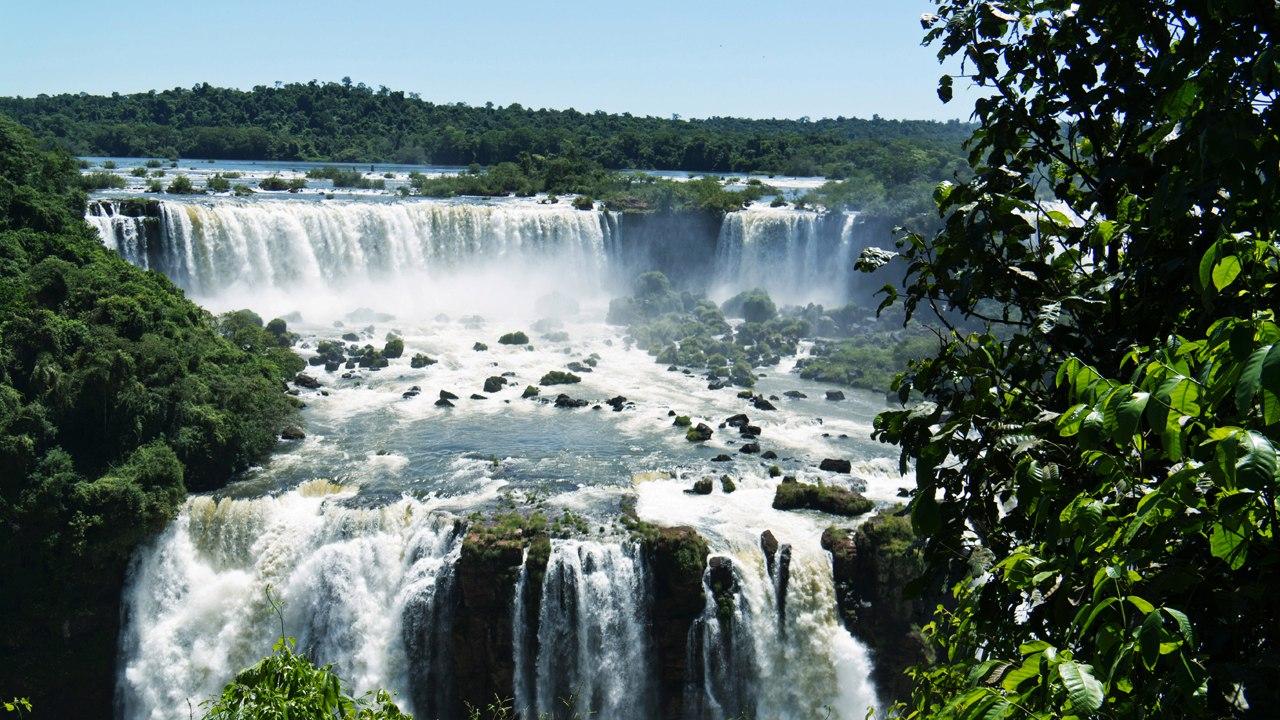 Водопад Кхон