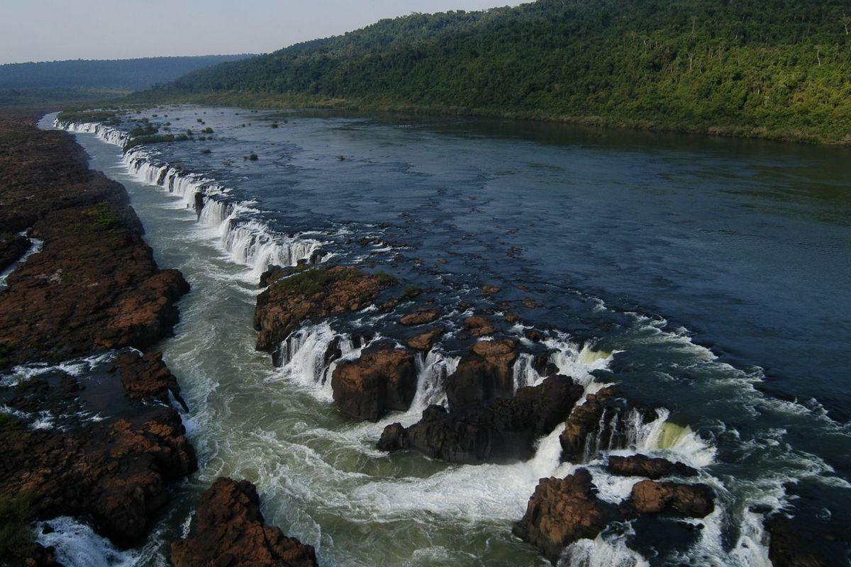 Мокона водопад