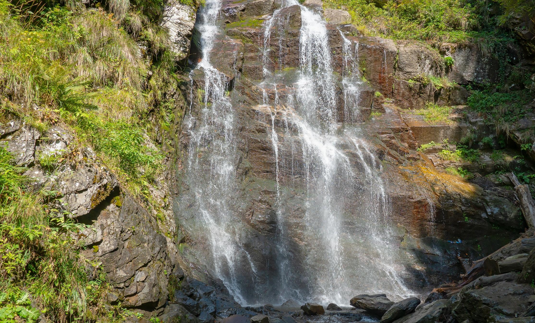Водопады Менделиха Золотой