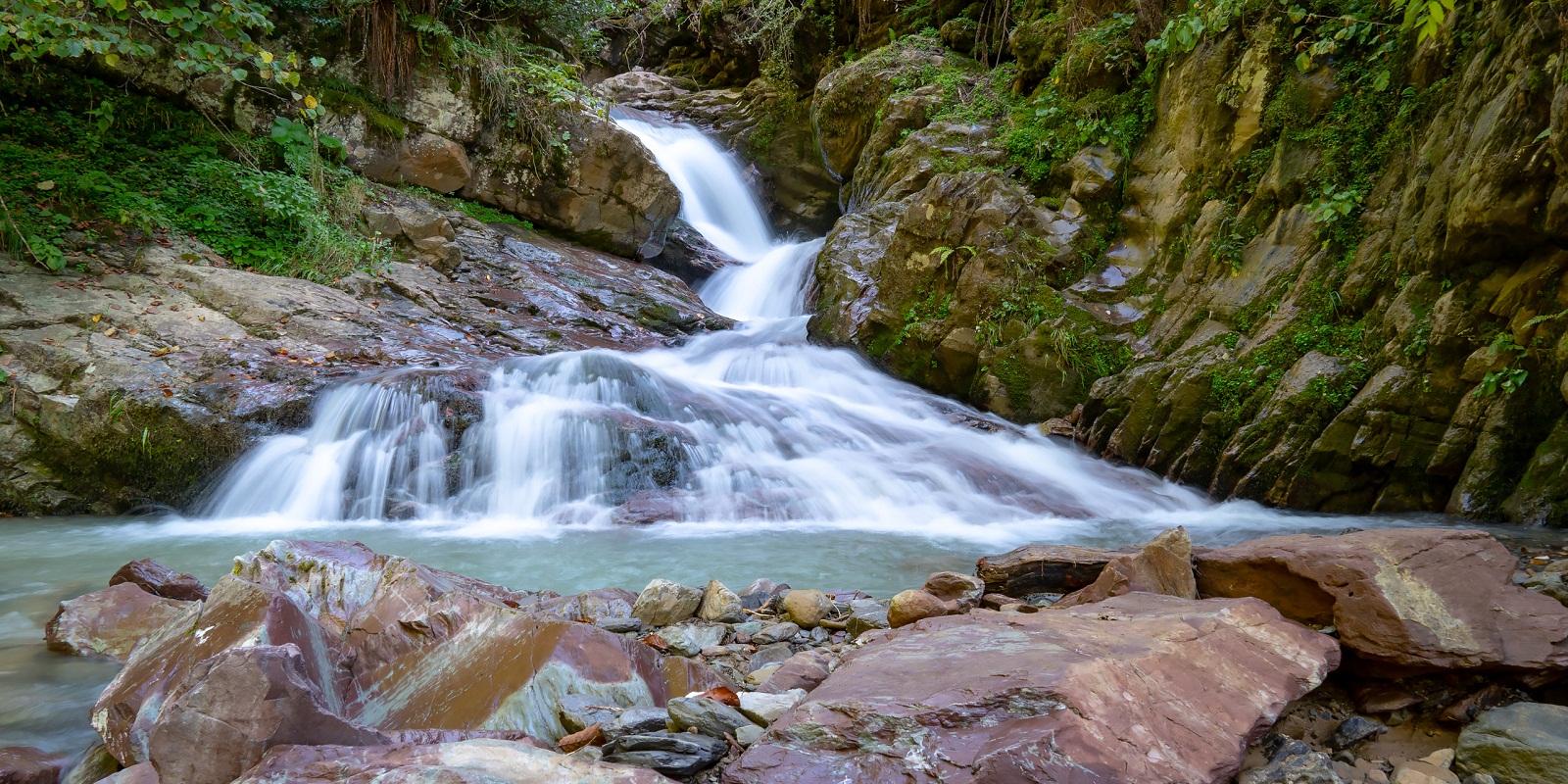 Водопады Менделиха Чара