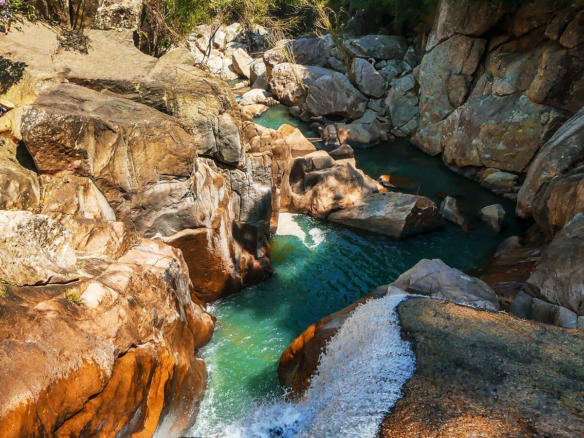 Водопад Бахо Нячанг