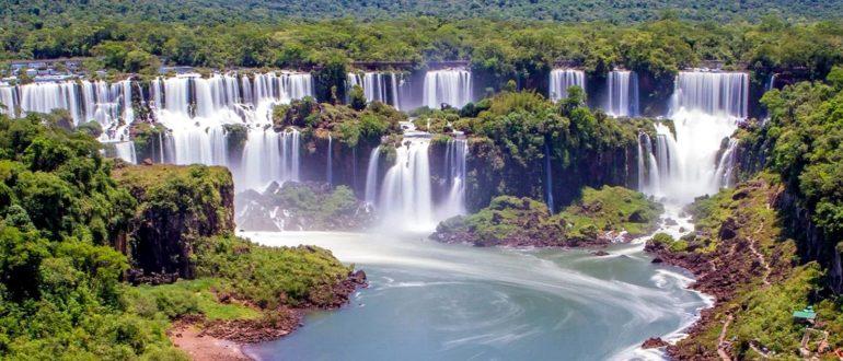 Водопады Игуасу вид сверху