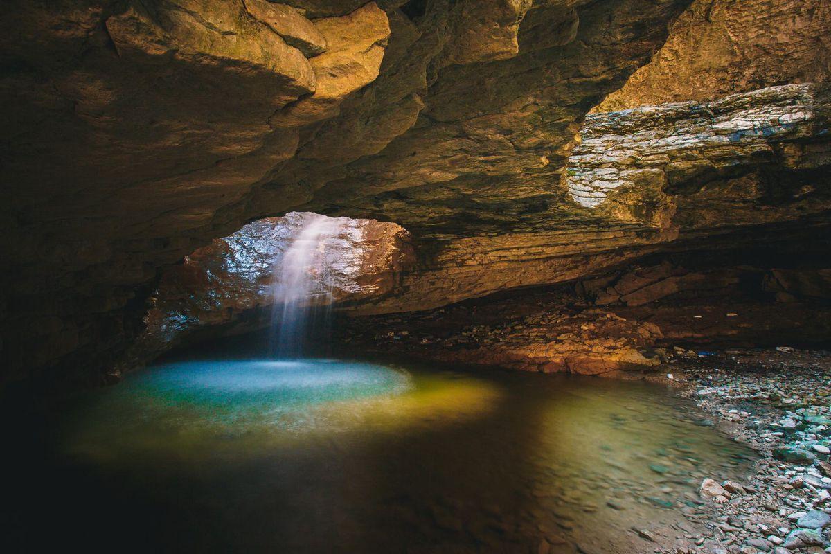 Салтинский водопад подземный