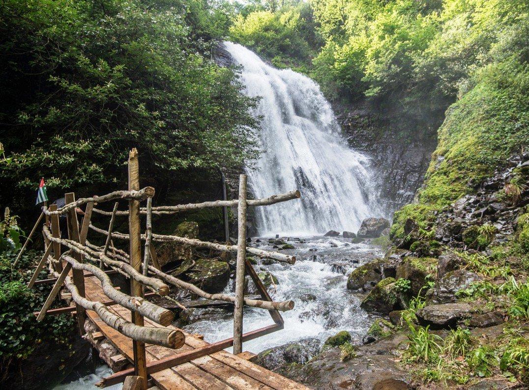 Водопад Ирина в Абхазии