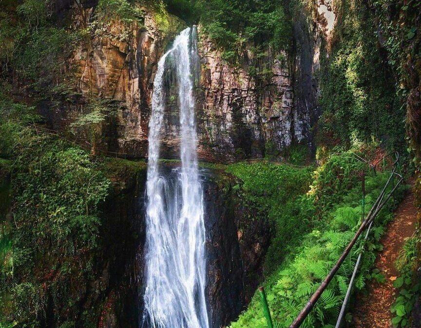 Водопад Великан в Абхазии