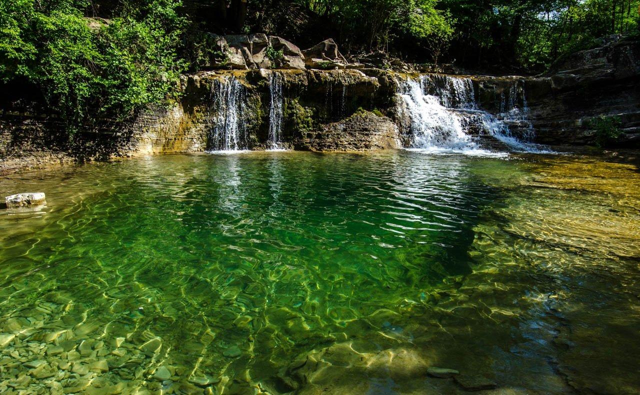 Описание водопадов Гененджика