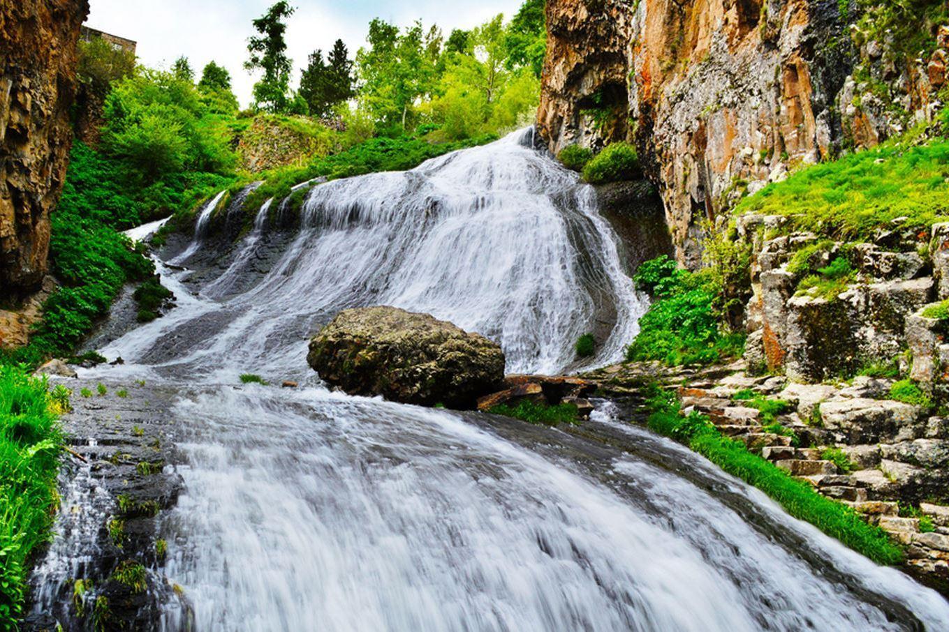 Особенности водопада Шаки