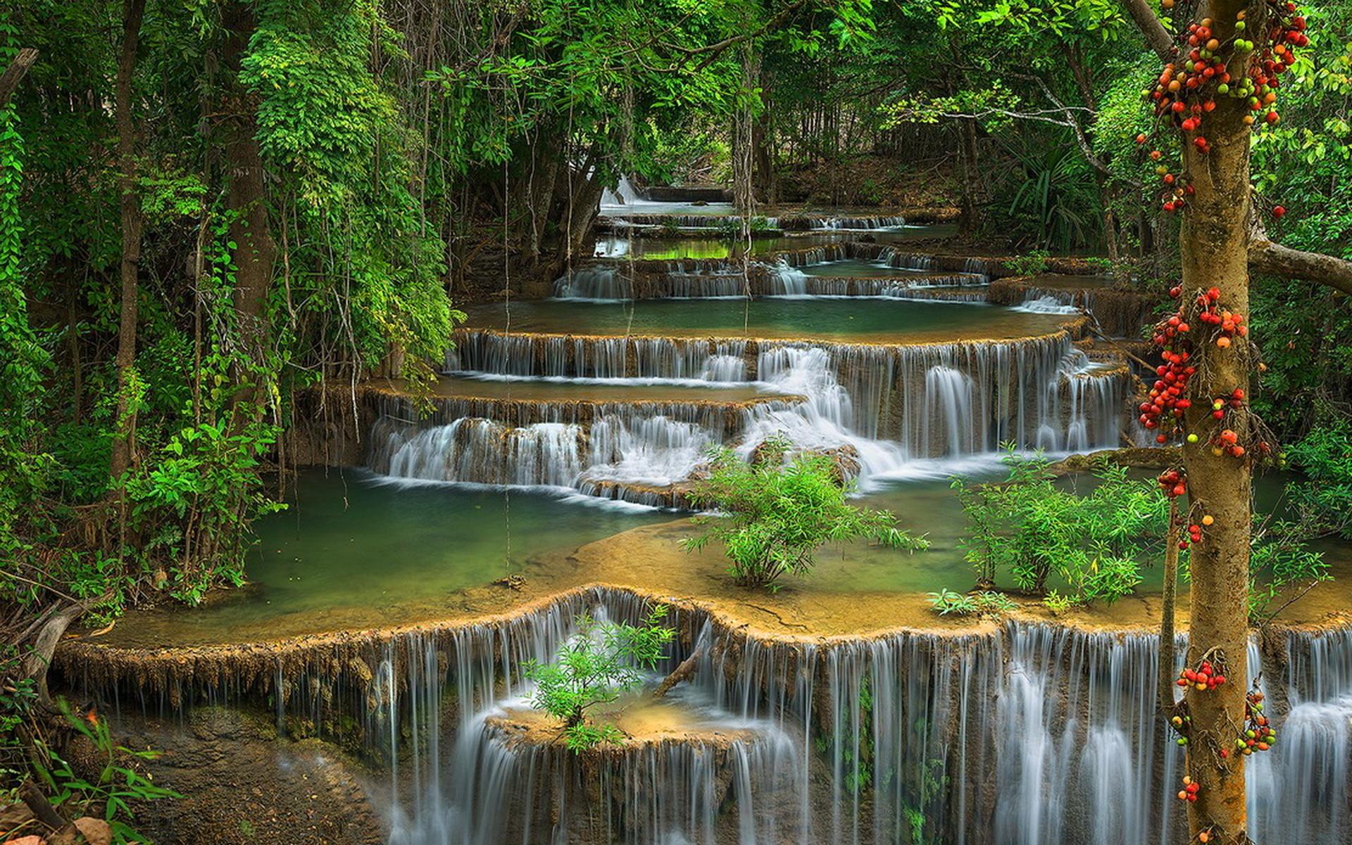 Каскад водопадов