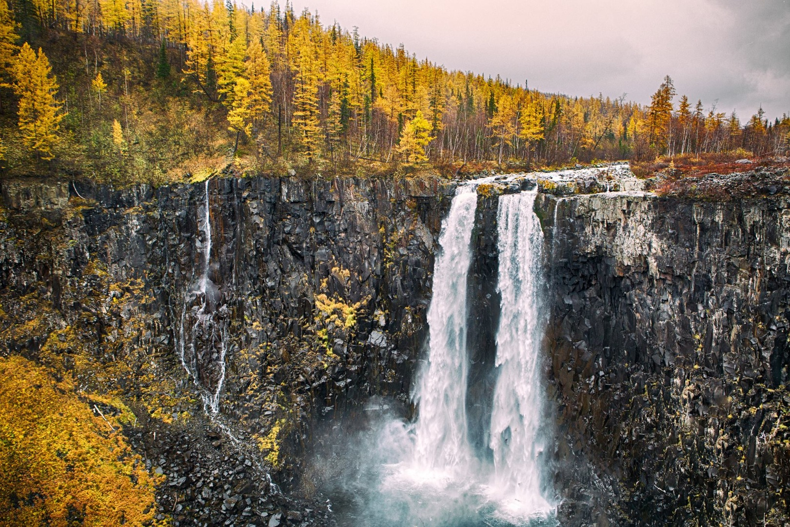 Путоранский заповедник водопады
