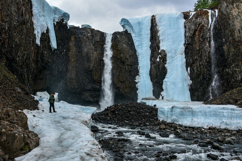 Тальниковский водопад зимой